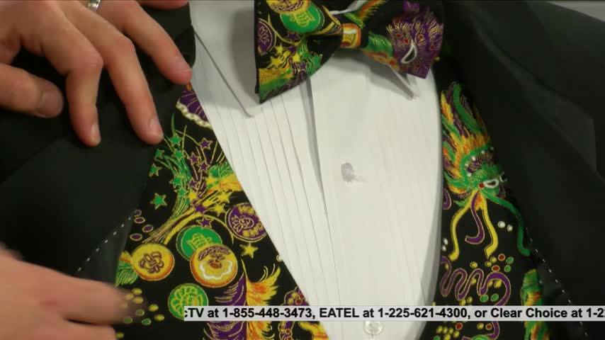 Mardi Gras styles with After 5 tuxedos_20160202133303