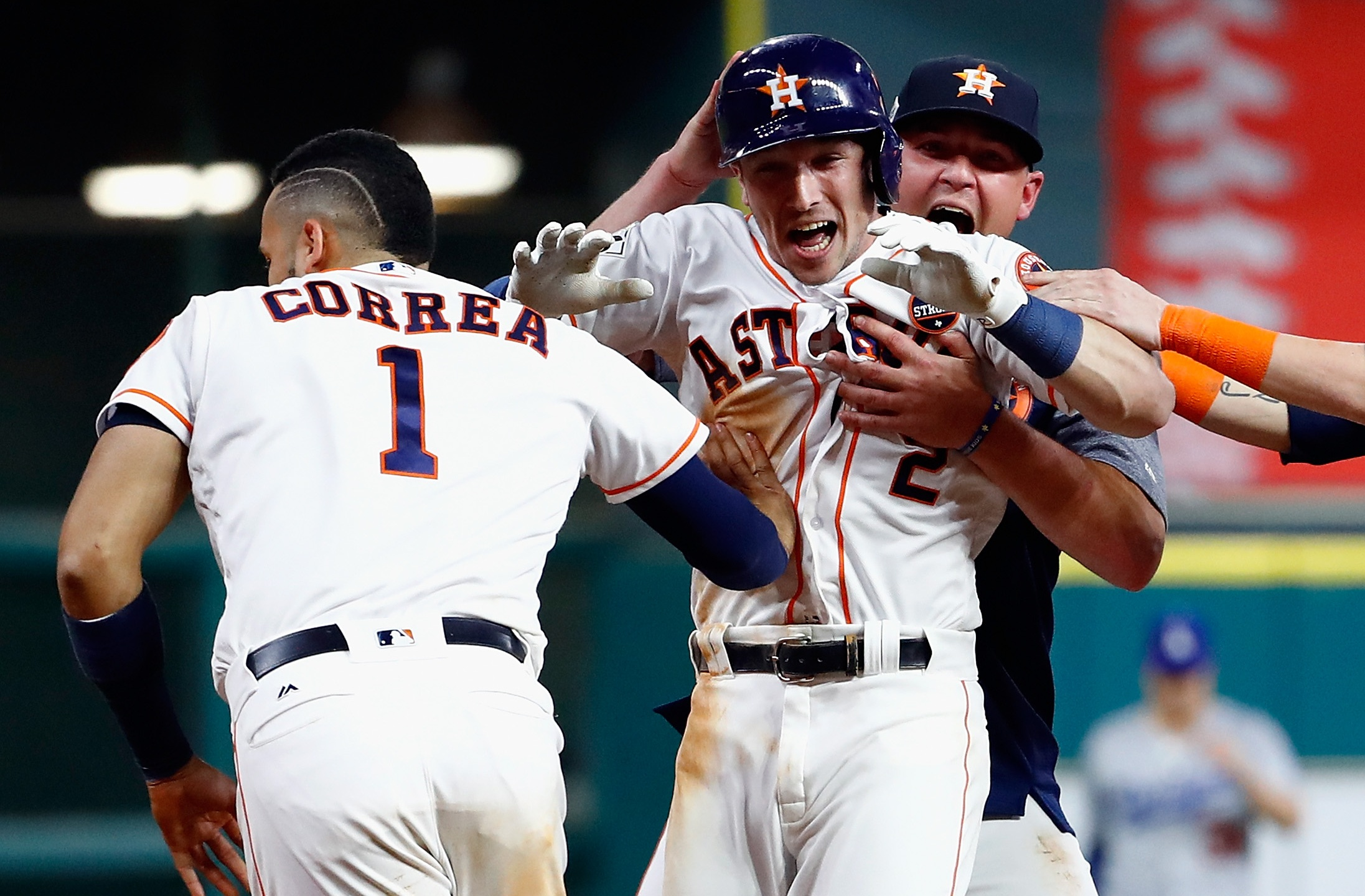 Alex-Bregman-World-Series-Game-5-winner