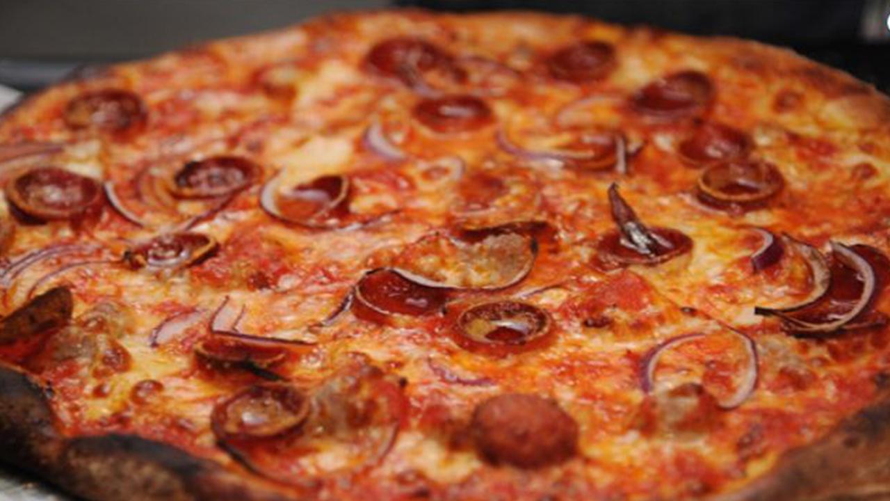 Pepperoni Pizza_1537469537806.JPG.jpg