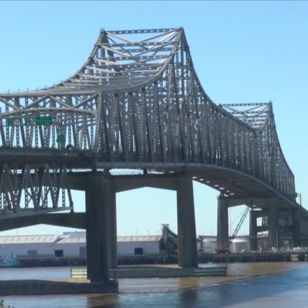 A new Mississippi River bridge? Regional leaders driving the effort