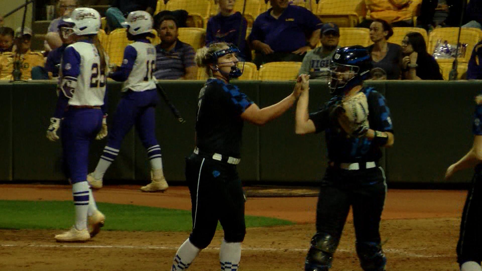 LSU softball vs Kentucky.00_00_54_17.Still001_1555121879176.jpg.jpg