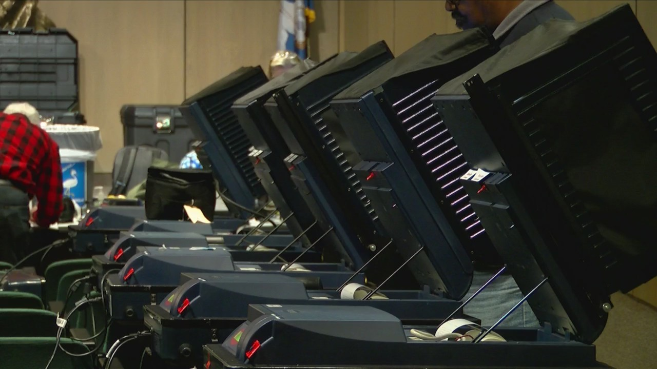 La. elections chief hopes to restart voting machine search by summer