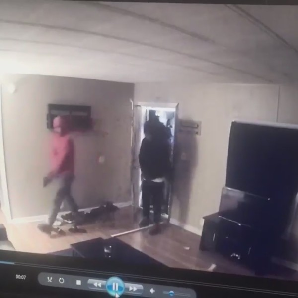 home_invasion_video_0_20190509233744-873703986