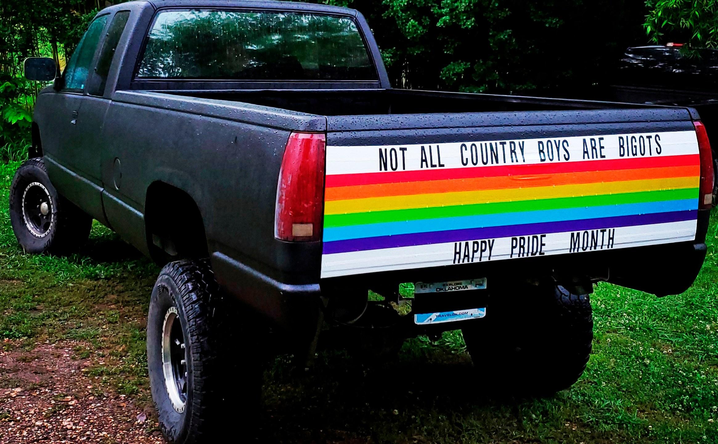 Pride Pickup_1560285431463-60106293