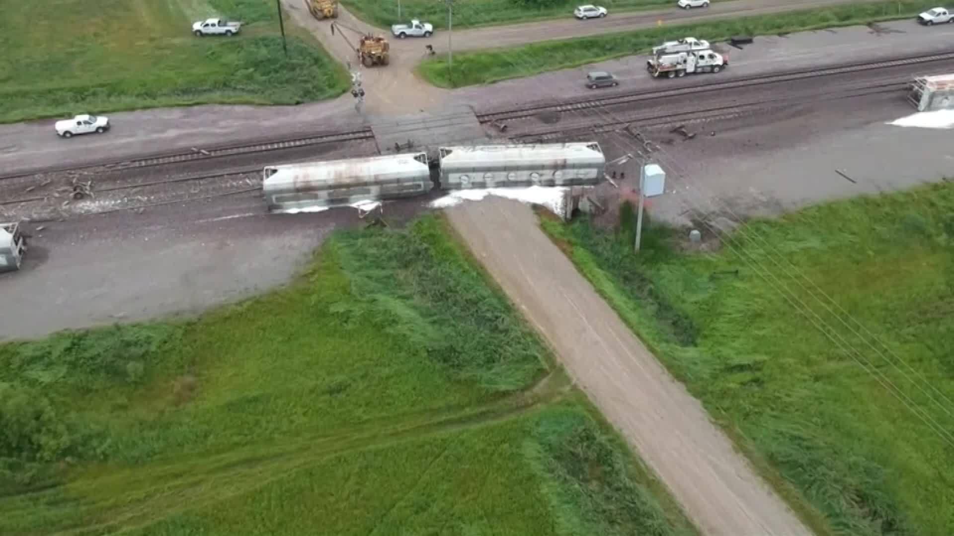 """""""Sugar and soda train derails 1 - cnn"""