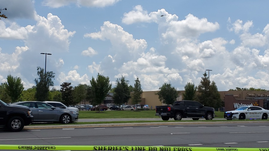 Altercation leads to panic, reports of shooting in Walmart