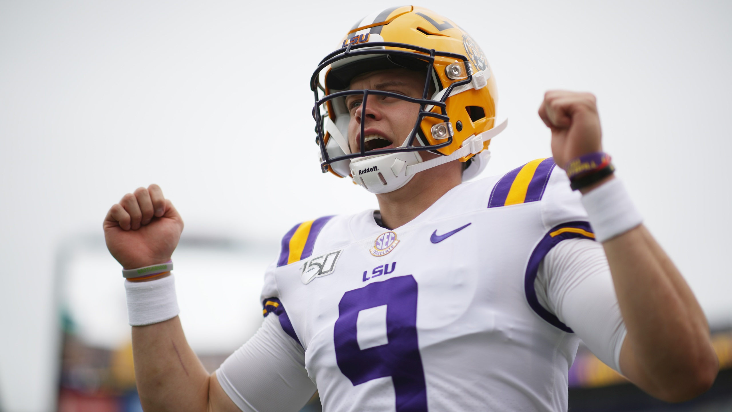Three Lsu Tigers Named Finalists For Cfb National Awards
