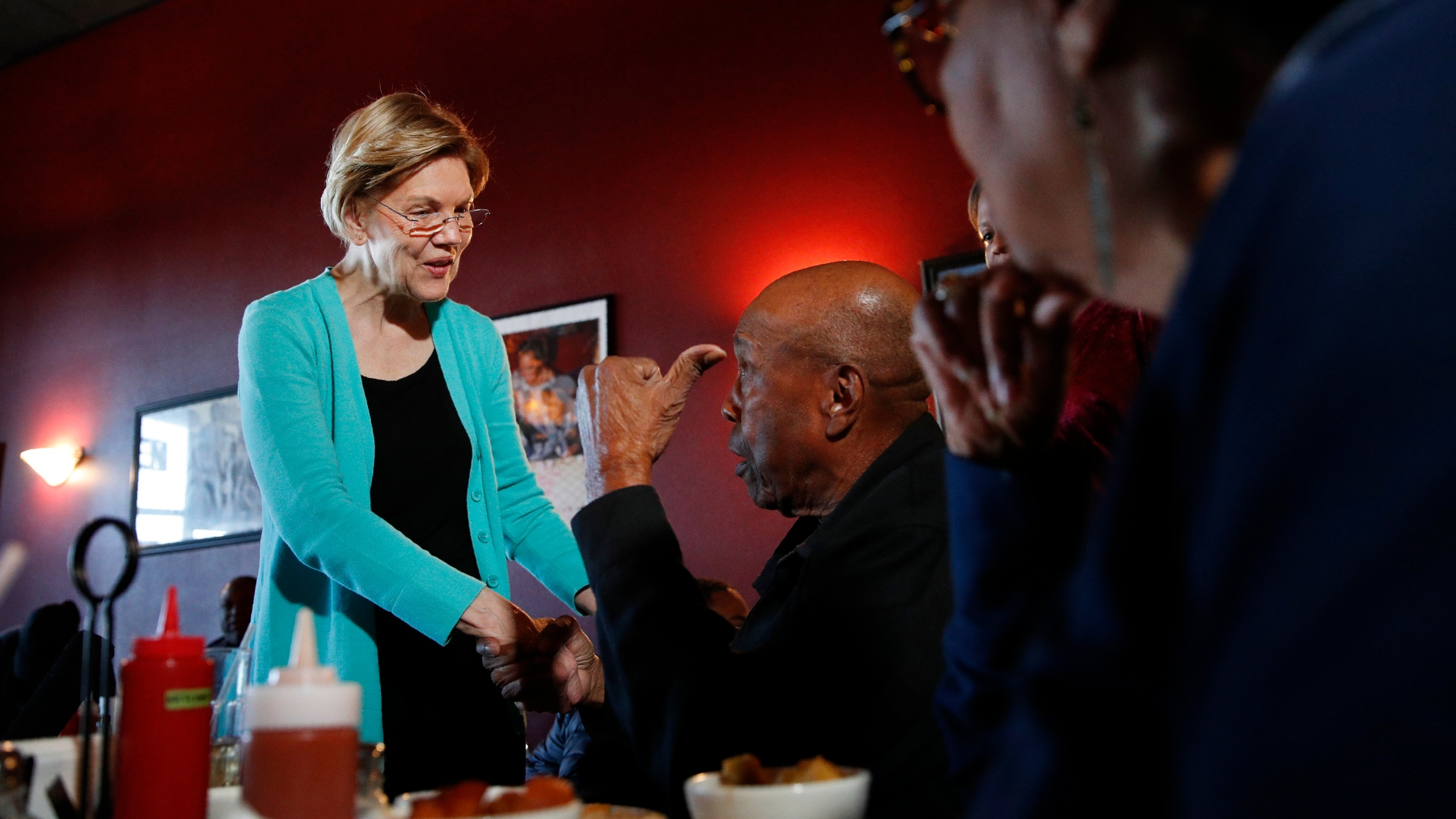 Bill Mamgum, Shirley Mamgum, Elizabeth Warren